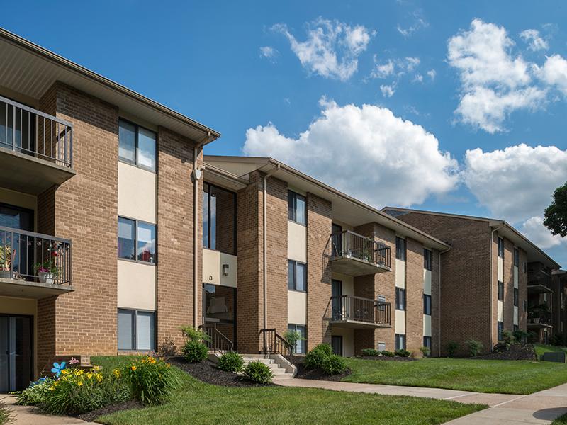 Mays Chapel North Apartments